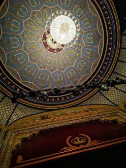 Theatres are my jam | Lyceum Theatre